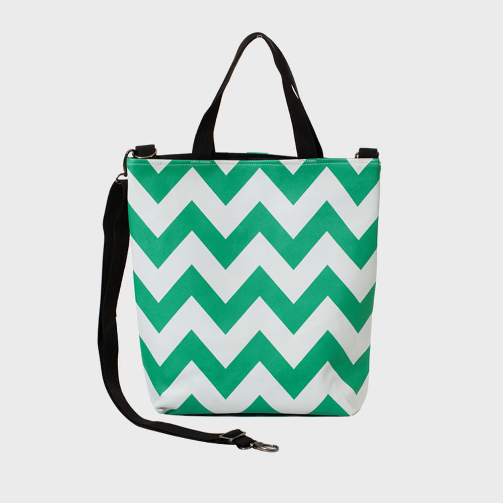 Ogram Unique Momo Crossbody Bag in Green